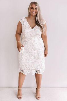Shower Dress For Bride, White Bridal Shower Dress, Bridal Shower Bride Outfit, White Plus Size Dresses, Little White Dresses, Classic Wedding Dress, White Wedding Dresses, Wedding White, Dress Wedding