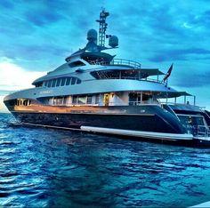 Sirocco Yacht