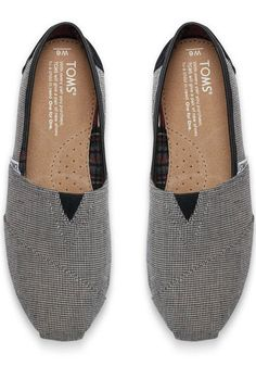 These TOMS Classics feature a houndstooth print for a touch of style and tradition all in one.