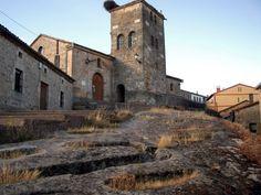 Iglesia y necrópolis en Regumiel de la Sierra  #Pinares #Burgos #Soria #Spain