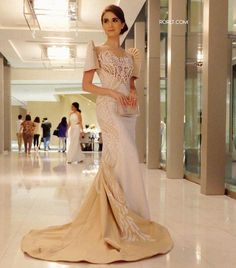 Unity in white: Wearing a custom filipiniana in Italian crepe fabric embellished with signature art deco cut-outs ❤ Make up by 💄 Modern Filipiniana Gown, Filipiniana Wedding Theme, Grad Dresses, Bridesmaid Dresses, Bridal Gowns, Wedding Gowns, Mod Wedding, Henna Designs, Filipino Wedding