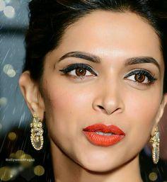 Decide The Caption yourself  [ #deepikapadukone #deepika #Deepu #Piku #Mastani #Bolly #queenofbollywood #BollywoodQueen #Bollywood ] by #BollywoodScope
