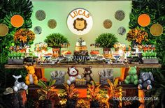 Encontrando Ideias Jungle Theme Birthday, Jungle Theme Parties, Safari Theme Party, 1st Birthday Themes, Baby Boy Birthday, Jungle Party, Boy Birthday Parties, Baby Party, 2nd Baby Showers