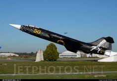 Lockheed F-104S ASA-M Starfighter MM6827 1127 Pratica di Mare Mario de Bernardi Air Force Base - LIRE - Gate Guardian With Reparto Sperimentale Special livery
