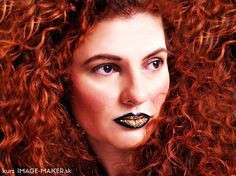 Makeup and hairstyling by me Extravagancy, statement lips, black and gold, glitters