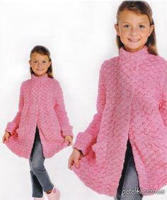 Теплое пальто крючком для девочки. Схемы, выкройка