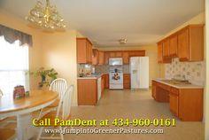 Light Filled Country Home for Sale in Gordonsville VA - 195 Jenkins Dr. https://www.jumpintogreenerpastures.com/blog/spacious-4-bedroom-home-for-sale-in-gordonsville-va-195-jenkins-dr/ #VirginiaHomesForSale #GordonsvilleHomesForSale #PamDent #195JenkinsDr