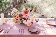 La Tavola Fine Linen Rental: Velvet Blush with Tuscany Barley Napkins | Photography: Megan Lee Photo, Florals: The Dainty Lion Floral Co, Tabletop: Casa de Perrin, Styling & Art Direction: Benjamin Holtrop, Planning: Branch and Cole