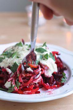 "Beet ""Pasta"" with Lemon-Creme Sauce - perfect for Valentine's Day! #vegan #paleo #gluten-free"