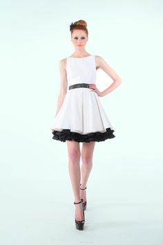 Alice + Olivia Spring 2012 Ready to Wear.....I want to get married in something like this.