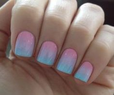 If I had short nails, this is the first I'd do to them. Ombre/faded nails. Super cool design.