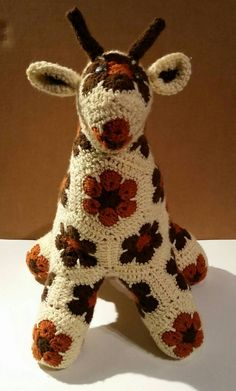 Stuffed animal crochet giraffe, African flower