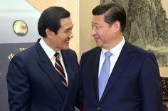 """Xi Jinping e Ma Ying-jeou si vedranno a Singapore il prossimo 7 novembre. È il primo incontro fra le due cariche dall'esilio della """"Repubblica di Cina"""" sull'isola nel 1949. Portavoce Ma: """"Nessun accordo sarà siglato"""". Lo scopo è quello di mantenere relazioni pacifiche e garantire lo status quo nei mari dello Stretto di Taiwan. Il partito all'opposizione nell'isola protesta contro la visita."""