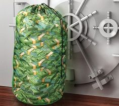 Money Laundry Bag #laundry #washday #millionaire #clothes #chores #geeky