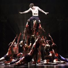 Pippin the broadway musical - this is serious amazing!!