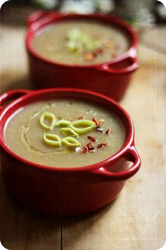 Vegan Leek and Potato Soup    Recipe ~http://www.monsoonspice.com/2012/12/vegan-leek-and-potato-soup-recipe -quick.html