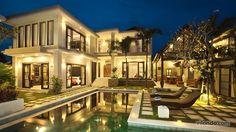 Luxury villa for 12 in Seminyak, Bali