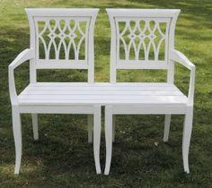 Dit bankje maakten we van twee kersenhouten stoelen!