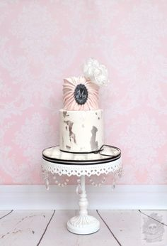 Vintage birthday cake - Cake by Karen Keaney