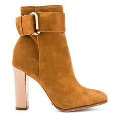 Schutz Namil Bootie (16.990 RUB) ❤ liked on Polyvore featuring shoes, boots, ankle booties, ankle boots, booties, short boots, leather sole boots, high heel bootie and side zip boots
