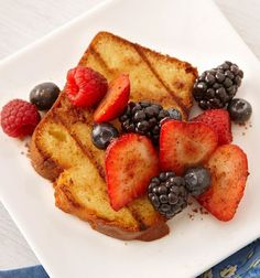 Fresh berries are sweetened with brown sugar and pumpkin pie spice for this yummy summer dessert.