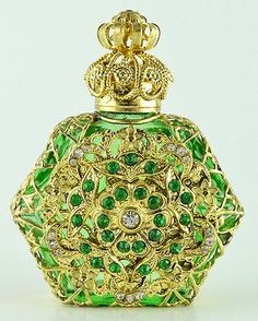Vintage Vanity Rare Gold Tone Filigree Hand Made Green Perfume Bottle