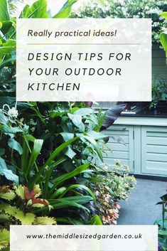 Tips on choosing the right equipment and countertops for your outdoor kitchen, with a very pretty modern outdoor kitchen shown. #garden #gardening #middlesizedgarden #backyard