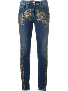 Shop Roberto Cavalli foil floral print skinny jeans in Luisa World from the world's best independent boutiques at farfetch.com. Shop 300 boutiques at one address.