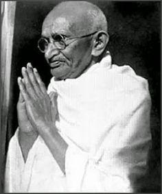 CLARIVIDÊNCIA   DA    REALIDADE: O Espelho de Gandhi
