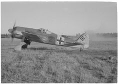 Russian bombers bombs Immola airfield, A Focke-Wulf Fw 190 fighter is trying to start in the last minute, but will be destroyed in a few seconds. Date: Photographer: Riku Sarkola Source: SA-kuva 155842 Luftwaffe, Russian Bombers, Ta 152, Focke Wulf 190, Ww2 Planes, World War, Wwii, Fighter Jets, Aircraft