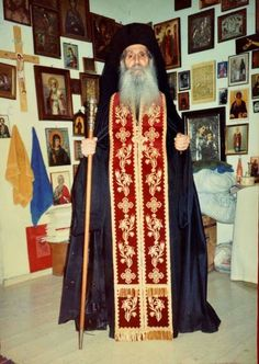 The Appearance of Saint Iakovos Tsalikis in a Photograph 11 Months After His Death He Is Alive, Christ Is Risen, Orthodox Christianity, The Monks, Orthodox Icons, Spiritual Life, Photo Studio, My Best Friend, Saints