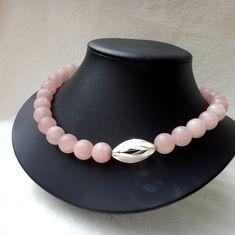 Ein extravagantes Rosenquarz-Collier - Silber 925 Beaded Necklace, Jewelry, Fashion, Necklaces, Gemstone Beads, Rose Quartz, String Of Pearls, Rhinestones, Beaded Collar