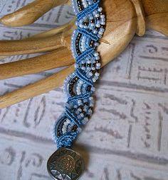 micro+macrame+bracelet+blue+3.JPG 1,483×1,600 pixels