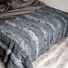 BEAJ STORE - Osez l'élégance orientale avec cette superbe couverture handira grise bleutée. En couvre lit, plaide décora