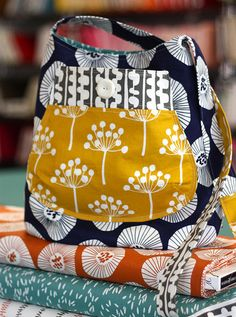 Such a cute little bag.  Stitch Lab Pattern Friday – Bucket Bag by Keyka Lou
