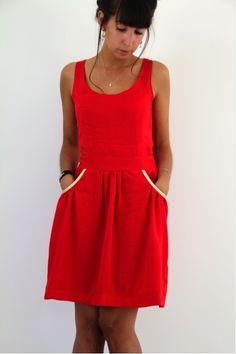 GATHERED SUNDRESS RED par bysandrahand - thread&needles