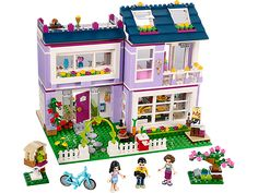 Personalize Emma's amazing designer home and hang out with all her friends!
