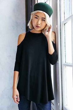 Kimchi Blue Tyra Cold Shoulder Tunic Top - Urban Outfitters