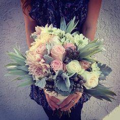 Floral bouquet for a wedding San Clemente.