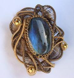 Wire Jewelry Tutorial - Chantika Brooch