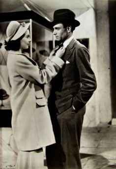 """Vivien Leigh and Laurence Olivier in """"21 Days Together."""""""