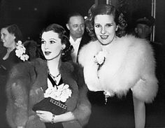 1938. London, England. Leonora Corbett and Vivien Leigh at a London film premiere.