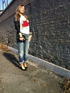 jeans, maglietta e giubbino... semplice ma stiloso...