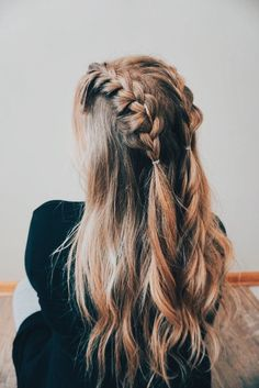 Homecoming Hairstyles Cute Hairstyles For Homecoming - Cute Ponytail Hairstyles., Homecoming Hairstyles Cute Hairstyles For Homecoming - Cute Ponytail Hairstyles For Homecoming A Mermaid Hairstyle Is A Perfect Way To Refine And Soft. Cute Ponytail Hairstyles, Cute Ponytails, Cool Hairstyles, Hairstyle Ideas, Wedding Hairstyles, Natural Hairstyles, Easy Braided Hairstyles, Pixie Hairstyles, Black Hairstyle