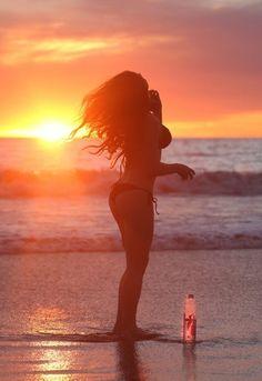 Amanda Cerny Shows Off Her Bikini Body