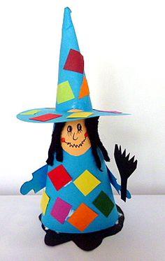 Zeitvertreib/basteln-Hexe-Tonpapier-Wolle-5 Science Halloween, Halloween Crafts For Kids, Halloween Pumpkins, Halloween Fun, Halloween Decorations, Easy Pumpkin Carving, Pumpkin Carving Templates, Carving Pumpkins, October Art