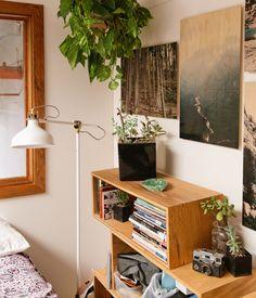 lonniewebbblog:  Inside Artist Sean Woolsey's home for Freunde...