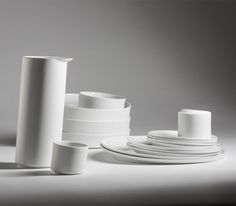 TILTING TABLEWARE BY LINDE HERMANS AND PIETER STOCKMANS