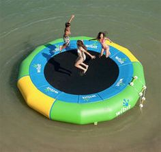 China Giant Inflatable Water Trampoline For Pool Or Water Outdoor Sport supplier