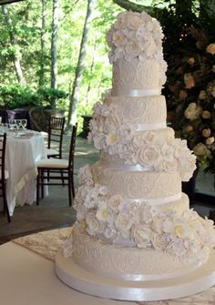 Classic white wedding cake - White Flower Cake Shoppe
